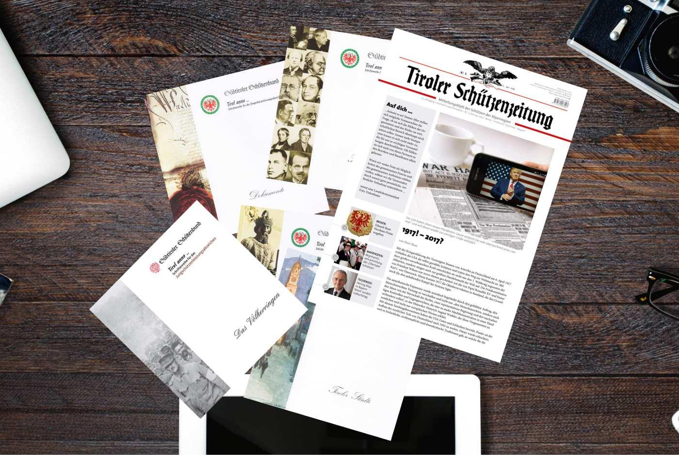 Broschüren und Zeitungen