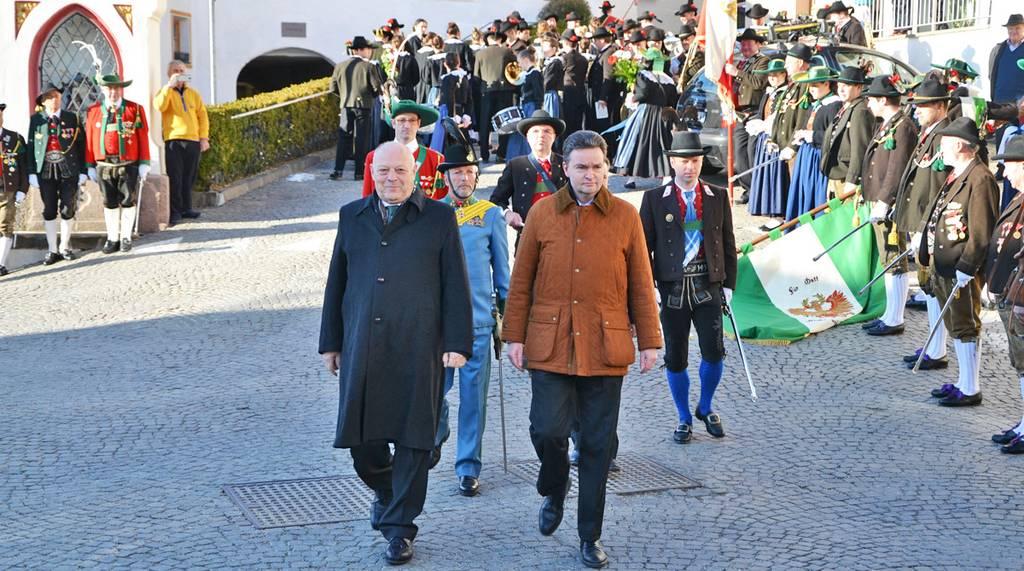 """Bezirkstag des Bezirks Brixen: """"Die Zukunft Tirols in Europa"""""""