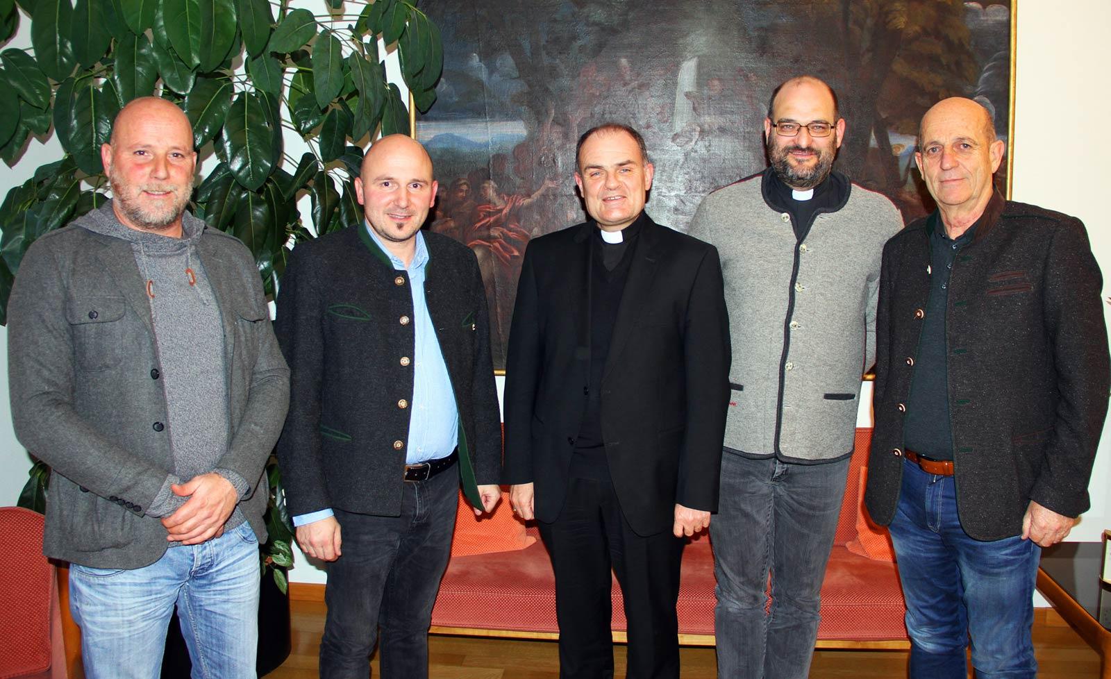 Schützenführung trifft Diözesanbischof Ivo Muser