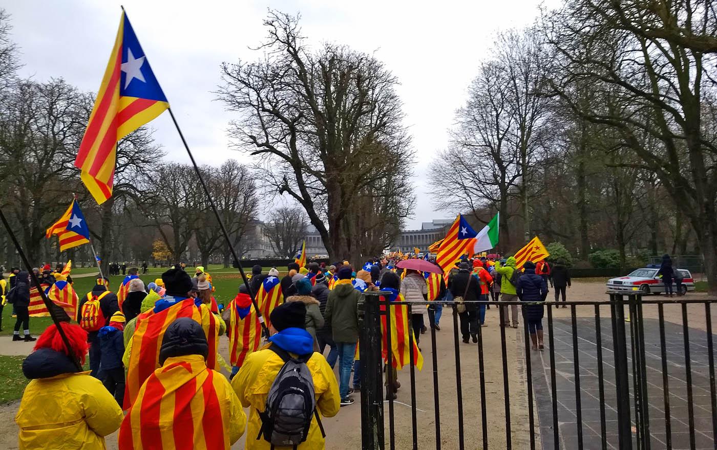 45.000 Katalanen auf den Straßen von Brüssel