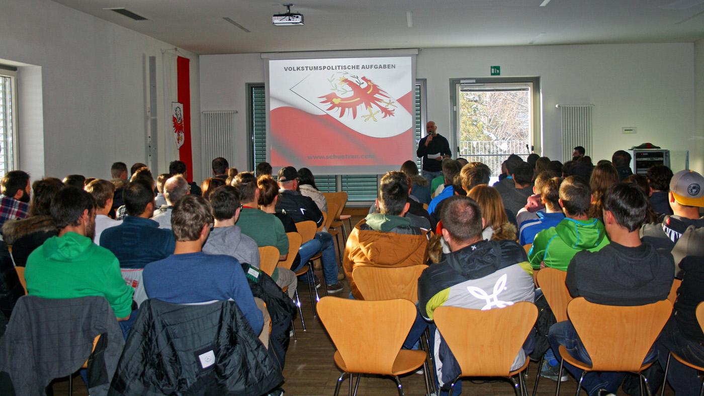 Grundlehrgang für Neumitglieder des Schützenbezirkes Pustertal
