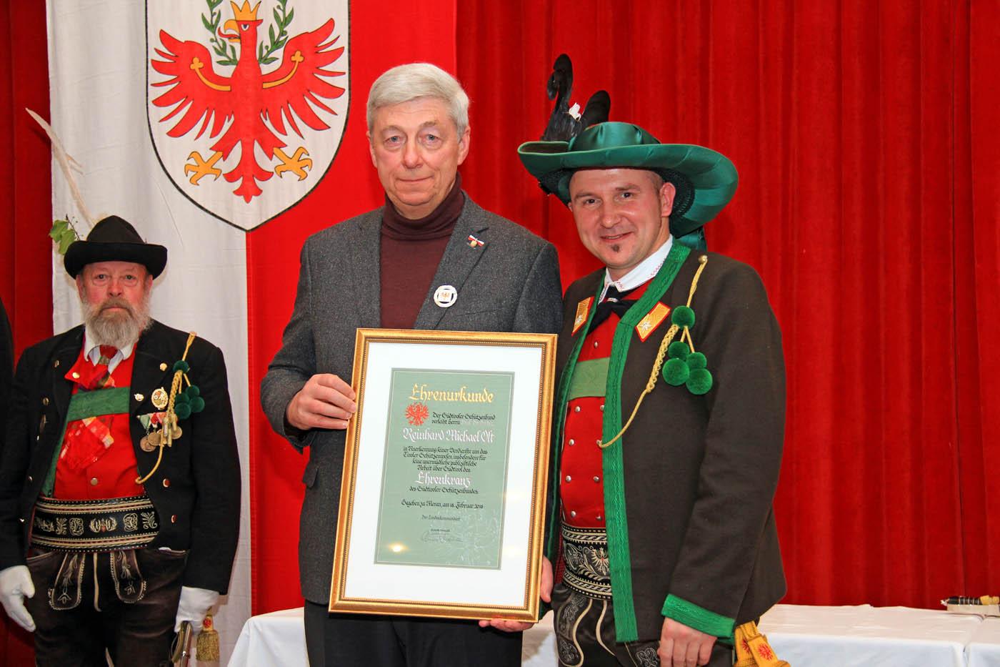 Prof. Dr. Dr. h.c. Reinhard Olt neuer Ehrenkranzträger des SSB