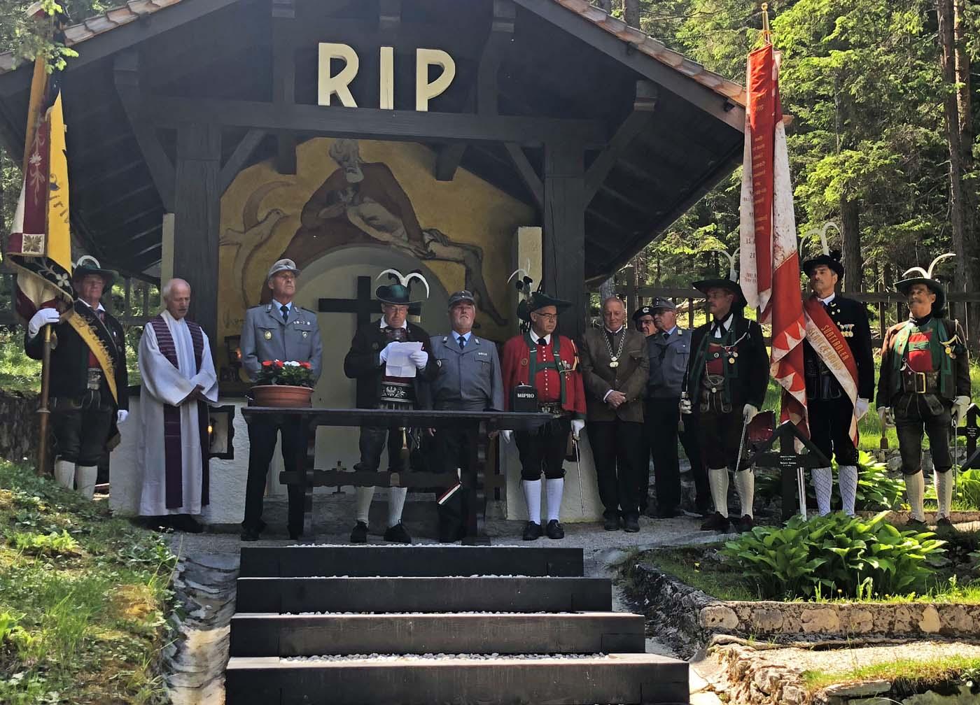 Gedenkfeier der Gebirgsjäger von Burgau und der Schützenkompanie Toblach