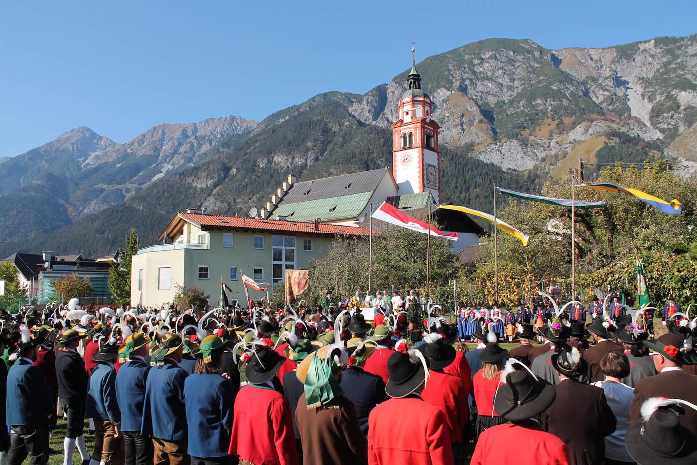 Wallfahrt der Tiroler Schützen mit Bischof Hermann Glettler